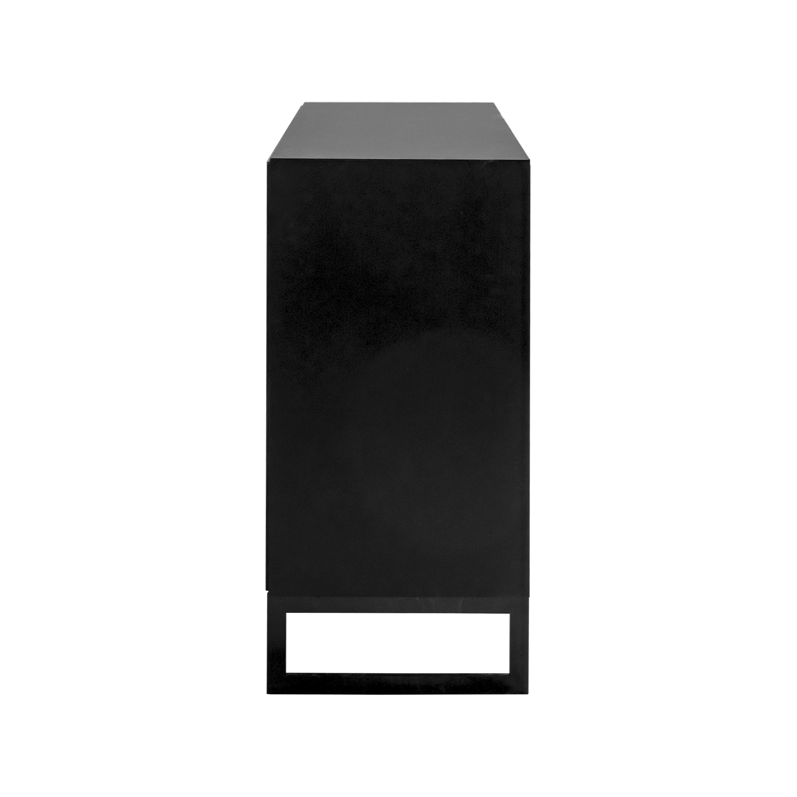 Line Skänk hög 2 dörrar Black med benställning från sidan - englesson.se
