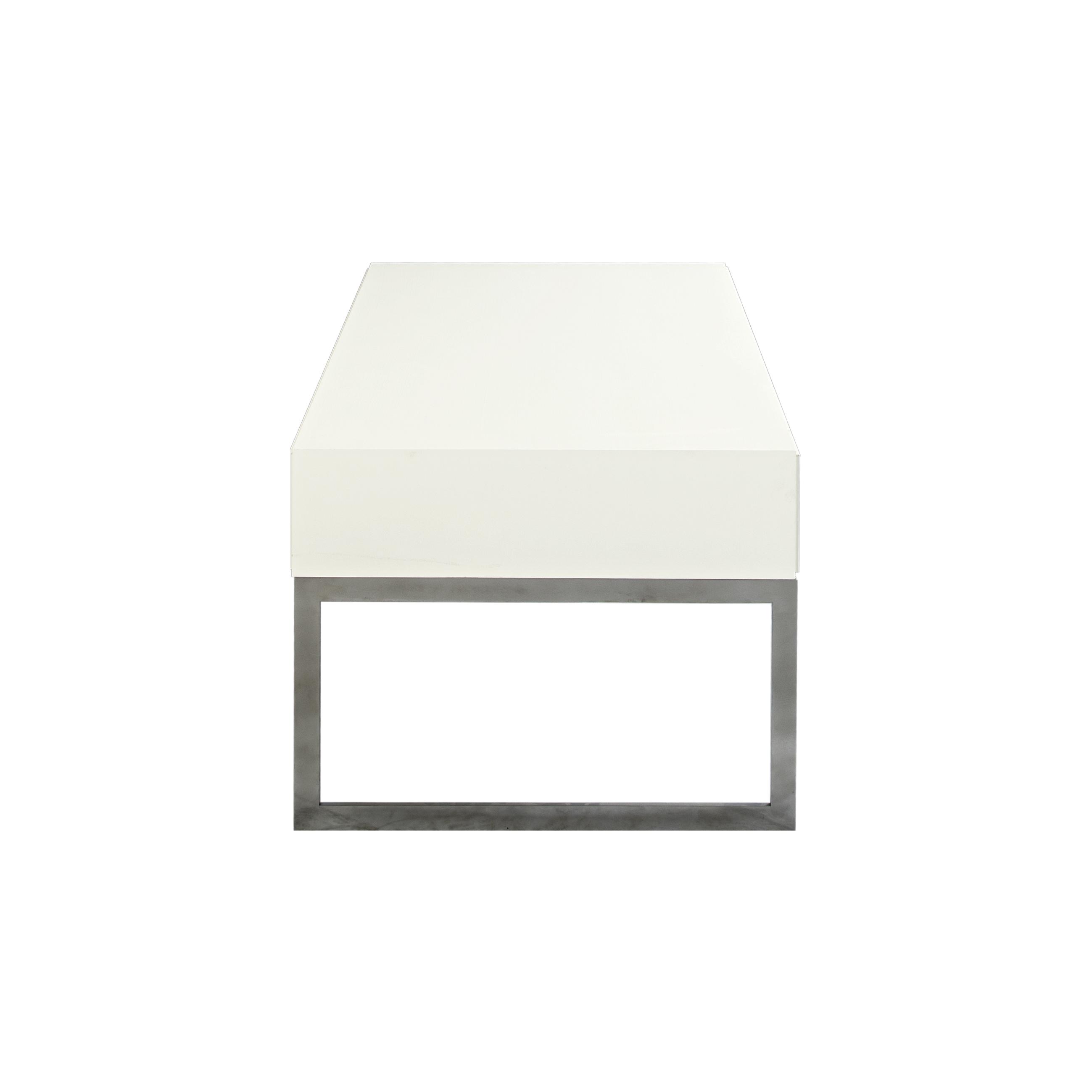 Line Soffbord rektangulärt White med benställning från sidan - englesson.se
