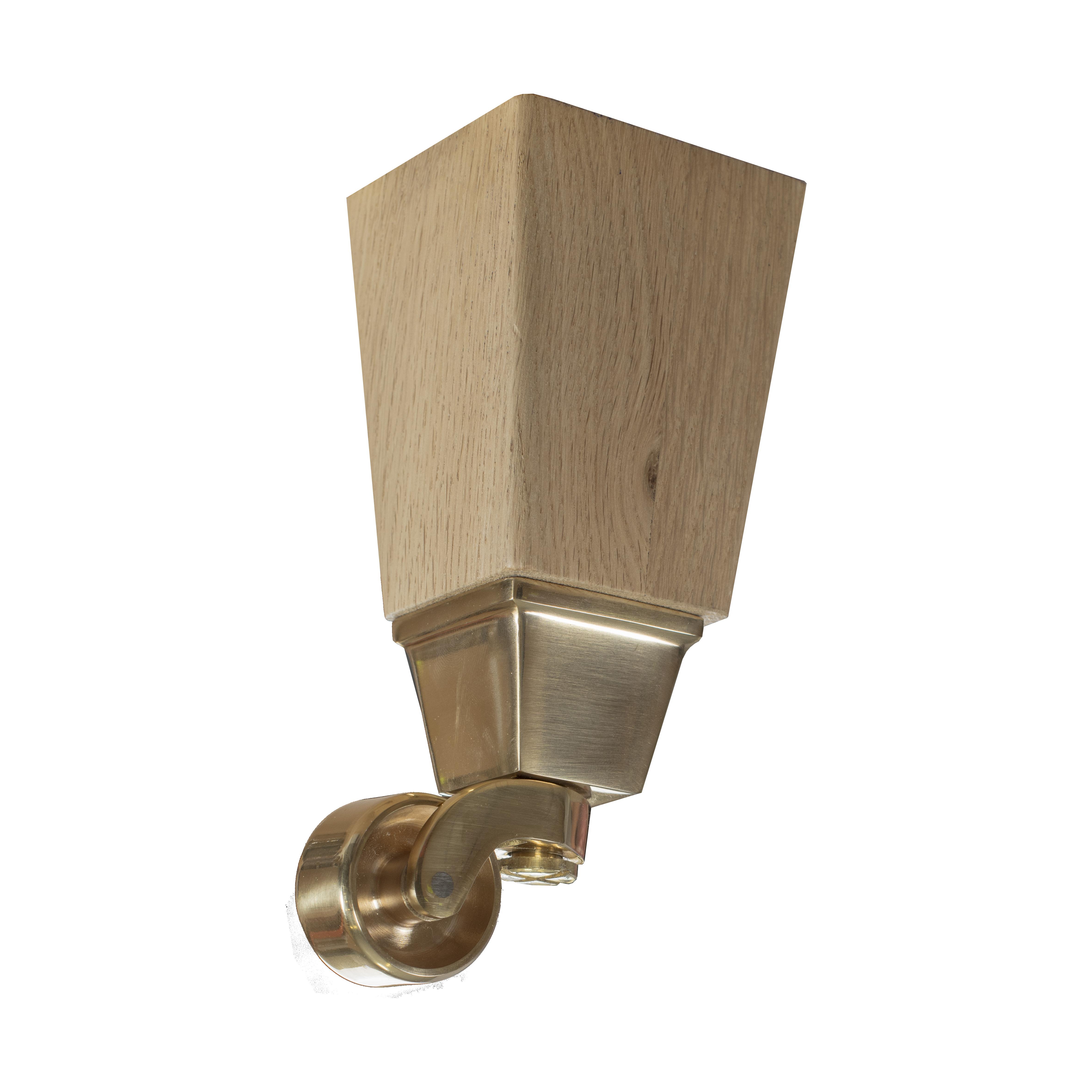 16 cm Carlton koniska ben i naturek med hjul i mässing - englesson.se
