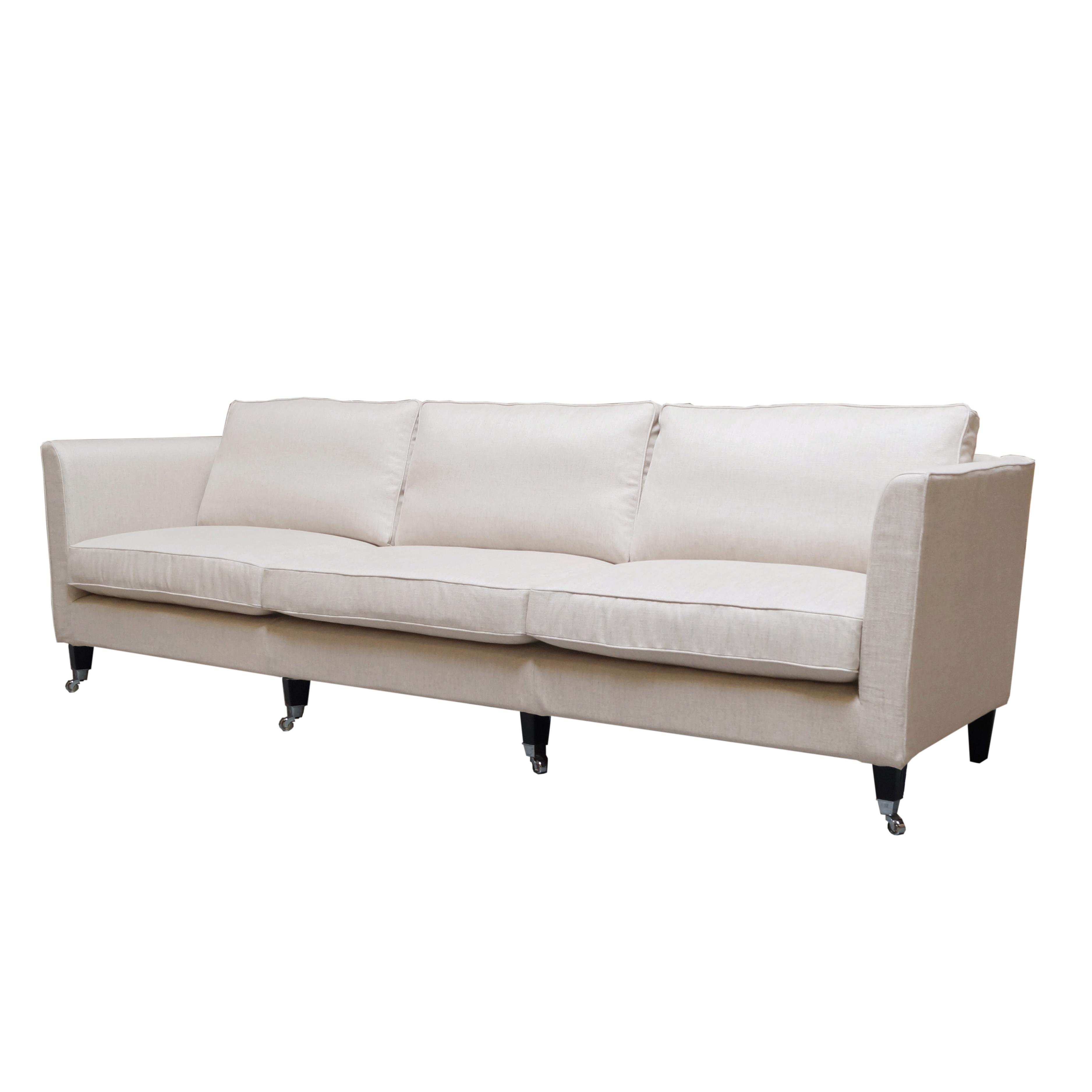 Carlton soffa 4-sits snett framifrån - englesson.se